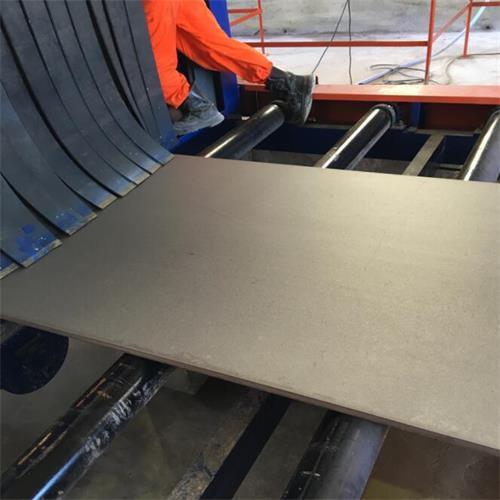 <strong>钢板通过式抛丸除锈机</strong>